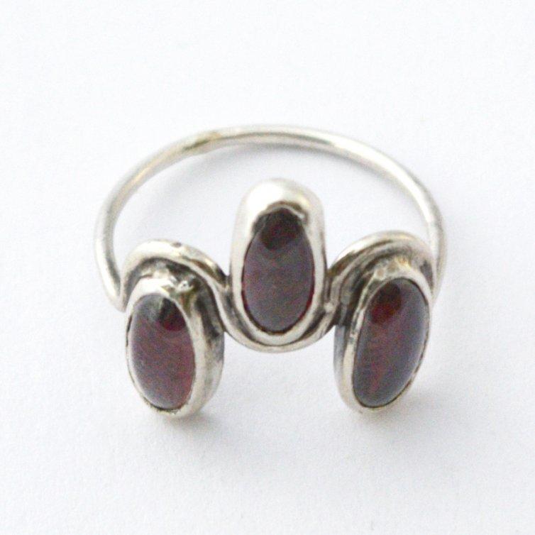 Tri Oval Garnet Ring