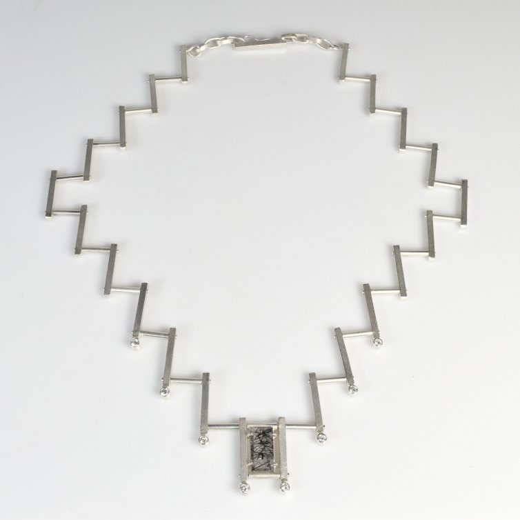 Staggered Neckpiece (IPMI)